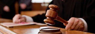 Посадовці, яких суд визнав винними у вчиненні корупційних правопорушень, скасовують вироки завдяки рішенню КСУ