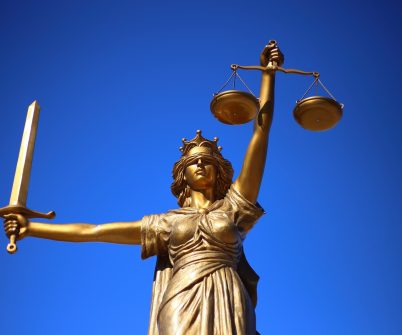 Понад 10 тисяч чиновників не понесуть кримінальної відповідальності за неподання декларації через рішення КСУ