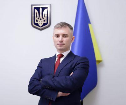 Голова НАЗК Олександр Новіков склав адмінпротоколи щодо суддів Конституційного Суду Мойсика, Сліденка та Завгородньої. Якби протоколи не були складені — це було б порушенням закону