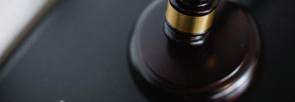 37 справ розглянуть цього тижня суди за адмінпротоколами НАЗК, у тому числі щодо колишнього міського голови та 14 представників політичних партій