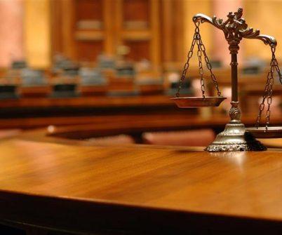 Суд виніс рішення за адмінпротоколами щодо суддів КСУ Сліденка та Завгородньої. На думку судді Алли Слободянюк, судді КСУ мають імунітет — їх не можна притягати до адміністративної відповідальності