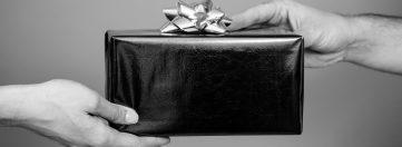 Конфлікт інтересів: за квітень до суду направлено 37 адмінпротоколів щодо порушень посадовців